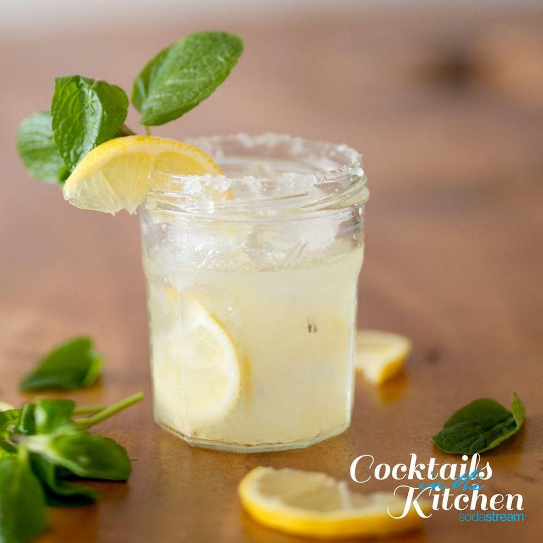 Sparkling Lemon Drop Martini