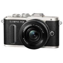 Olympus E-PL8 + M.Zuiko 14-42 mm f/3,5-5,6 II R, Black