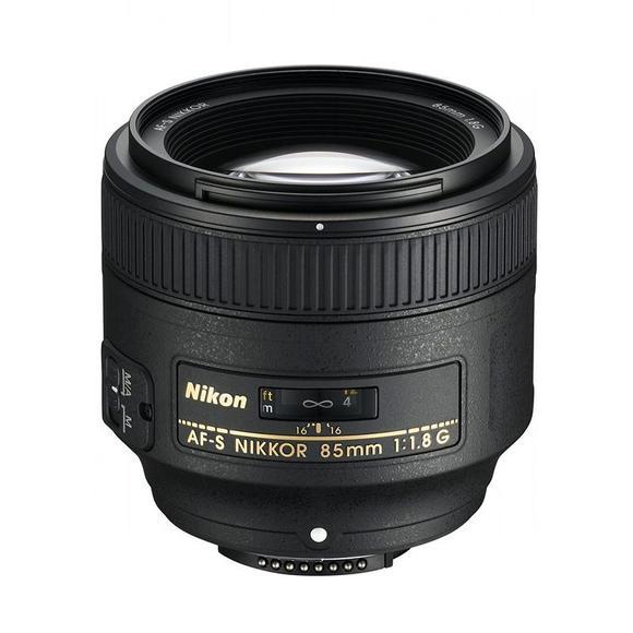 Nikon AF-S 85mm f/1,8G  - 1