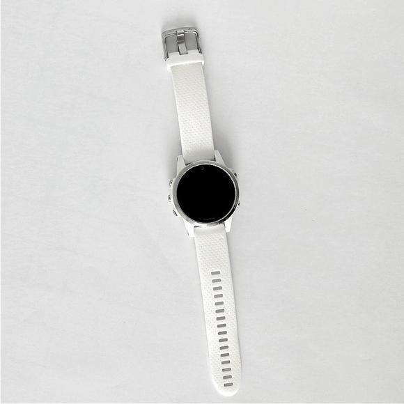 Garmin Fenix 5S Silver Optic, White band  BAZAR. Použité. Chybné měření tepu.   - 1