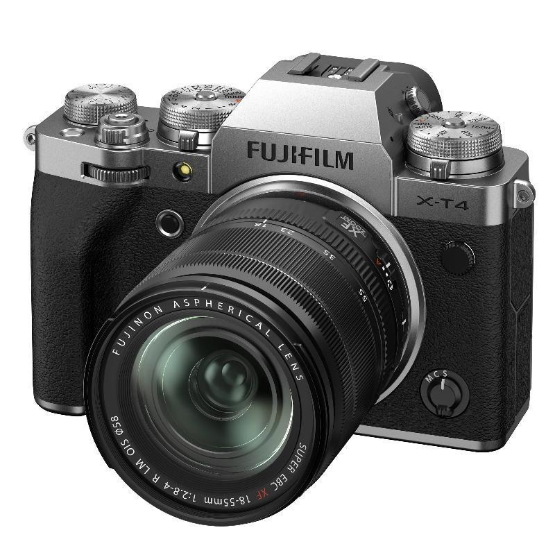 Fujifilm X-T4 + XF 18-55 mm f/2,8-4 OIS, Silver + Servis plus zdarma