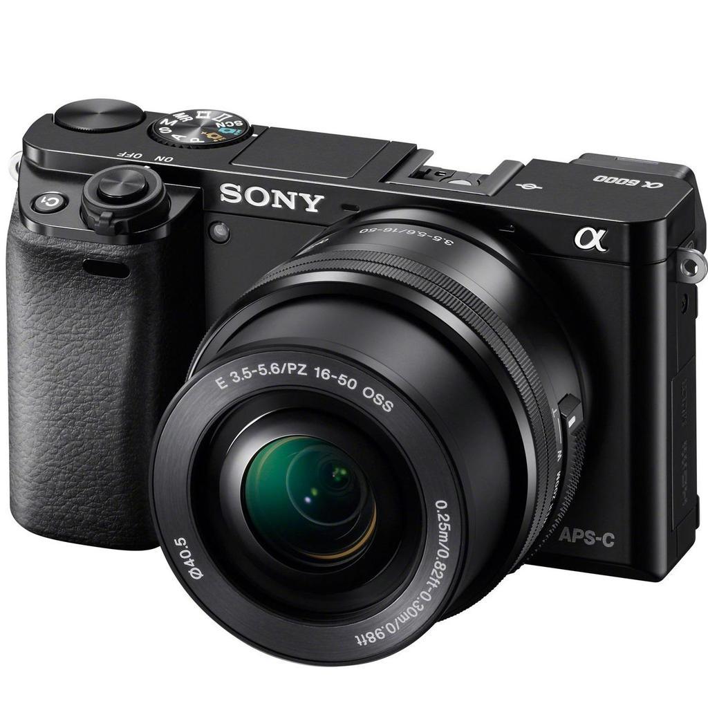 Sony Alpha A6000 + 16–50mm, černá